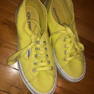 Women's Superga Sneakers Yellow (Size 6.5 Women's)